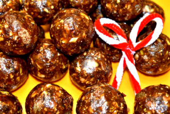 Christmas  Laddu |Dates & Nuts Laddu | Dry Fruits Laddu Recipe | Easy Dates Laddoo(Ladoo)