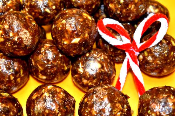 Christmas  Laddu |Dates & Nuts Laddu | Dry Fruits Laddu Recipe | Easy Dates Laddoo(Ladoo)